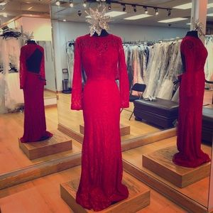 Dresses & Skirts - Long sleeve formal gown
